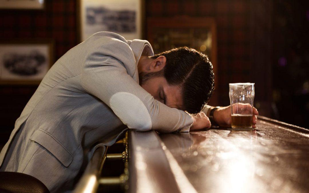 Alkoholizm – przyczyny, skutki, leczenie